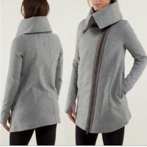 Lululemon Virasana blanket wrap coat grey Size 6